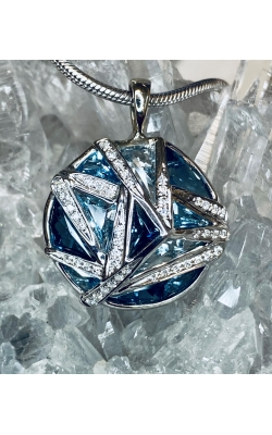 BELLARI TOPAZ AND DIAMOND PENDANT product image