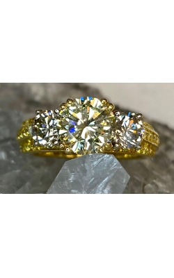 ESTATE FANCY YELLOW DIAMOND RING product image